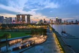 Marina Bay in Singapur bei Sonnenuntergang