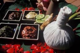 Materialien welche für eine original Thai Massage in Bangkok Thailand zur Wellness verwendet werden
