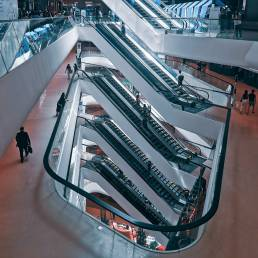 Eine Shopping Mall in Thailand zu bescuhen, ist ideal während der Nebensaison